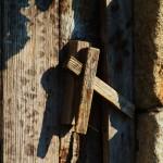 Trinco de porta, por Ana Paula Almeida. Aldeia na região de Sever do Vouga.